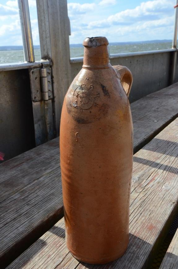 Still 'Drinkable': 200-Year-Old Booze Found in Shipwreck