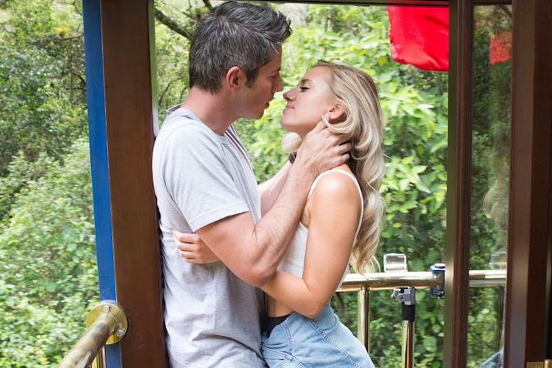 Arie Luyendyk Jr. and Lauren Burnham on <em>The Bachelor</em>