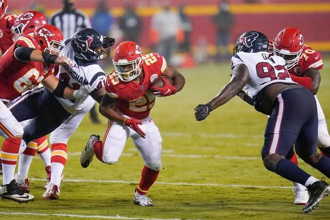 Chiefs offence shows balance, firepower right out of gate