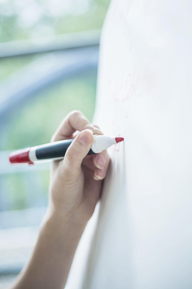 Dry-erase boards are anything but boring with one teacher's technique. (Photo: Seb Oliver/Getty Images)