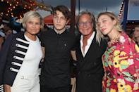 <p>Gigi's parents, Yolanda and Mohamed, came to support their daughter along with brother Anwar and older sister Alana.<br><i>[Photo: Getty]</i> </p>