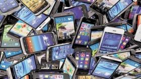 Maharashtra: 185 mobile phones stolen from police station's store room