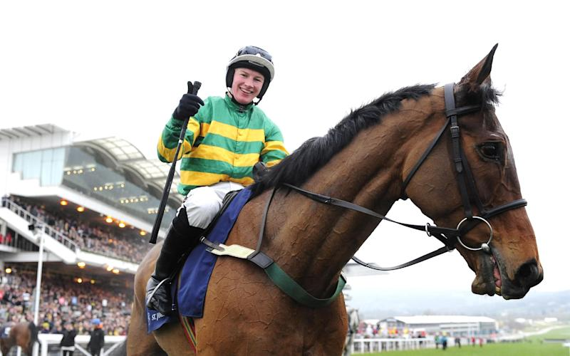 Nina Carberry and On The Fringe win in 2016 - Credit: racingfotos.com/REX/Shutterstock