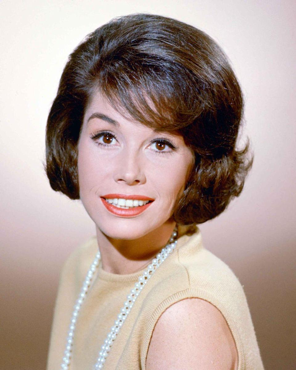 <p>American actress Mary Tyler Moore.</p>