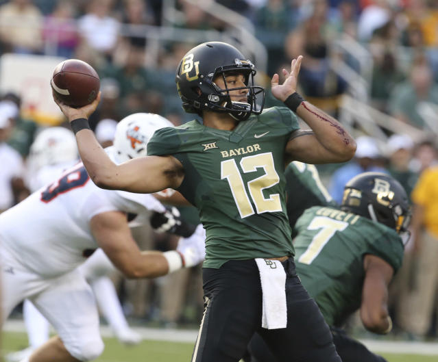 "Baylor quarterback <a class=""link rapid-noclick-resp"" href=""/ncaaf/players/231614/"" data-ylk=""slk:Anu Solomon"">Anu Solomon</a> (12) hasn't played since Week 2. (Rod Aydelotte/Waco Tribune Herald, via AP)"