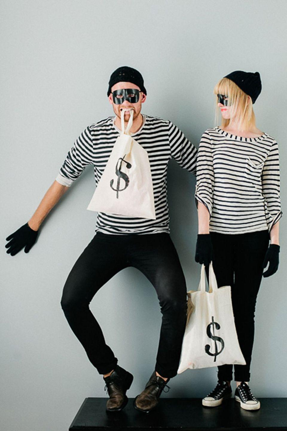 """<p>If the two of you are always getting into trouble, the bandits costume is perfect to opportunity to make light of your not-so-good ways.</p><p><a href=""""http://sayyes.com/2012/10/easy-and-last-minute-couples-costumes-pt-1"""" rel=""""nofollow noopener"""" target=""""_blank"""" data-ylk=""""slk:Get the tutorial at Say Yes >>"""" class=""""link rapid-noclick-resp""""><em>Get the tutorial at Say Yes >></em> </a></p>"""