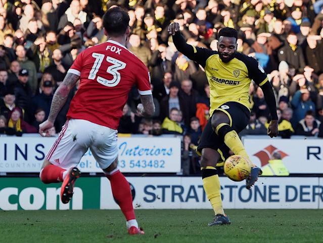 "Soccer Football - Championship - Burton Albion vs Nottingham Forest - Pirelli Stadium, Burton-on-Trent, Britain - February 17, 2018 Burton's Darren Bent in action with Nottingham Forest's Daniel Fox Action Images/Alan Walter EDITORIAL USE ONLY. No use with unauthorized audio, video, data, fixture lists, club/league logos or ""live"" services. Online in-match use limited to 75 images, no video emulation. No use in betting, games or single club/league/player publications. Please contact your account representative for further details."