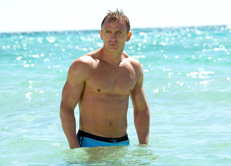 44f259995d The Making of Daniel Craig's Eye-Poppingly Iconic 'Casino Royale ...