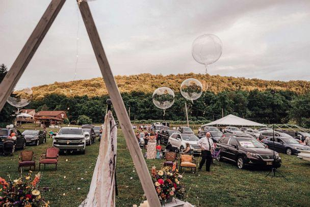 PHOTO: Rachel Borwegen and Andrew Jaworski wed in June 2020 in Belvidere, New Jersey. The party, photographed by Abigail Gingerale photography, was complete with a drive-in movie, taco truck offerings for supper and ice cream for dessert. (Abigail Gingerale Photography)