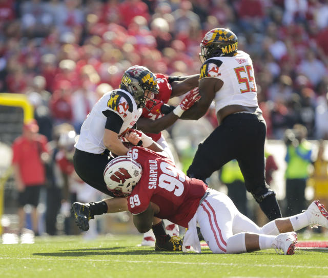 Wisconsin nose tackle Olive Sagapolu had 17 tackles, 3.5 tackles for loss and three sacks in 2017. (AP Photo/Andy Manis)