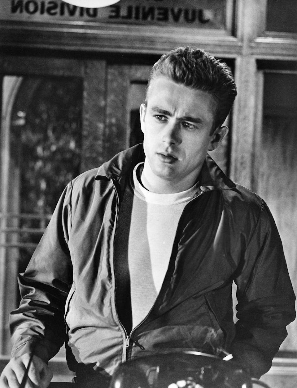 <p>James Dean dies in a car crash on September 30. His untimely death makes him even more famous — Dean remains one of the top-earning dead celebrities, even today. </p>