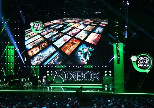 Microsoft gives glimpse of new Xbox console