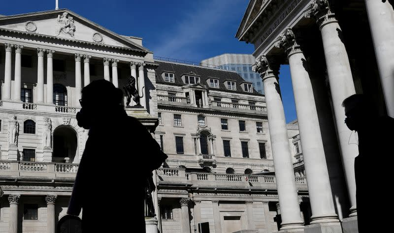 "UK economy to struggle to recover from ""searing"" COVID blow - BoE's Saunders"