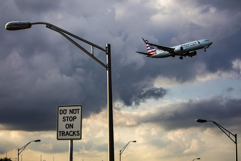 American Air Steps Up Passenger Outreach as Delays Continue