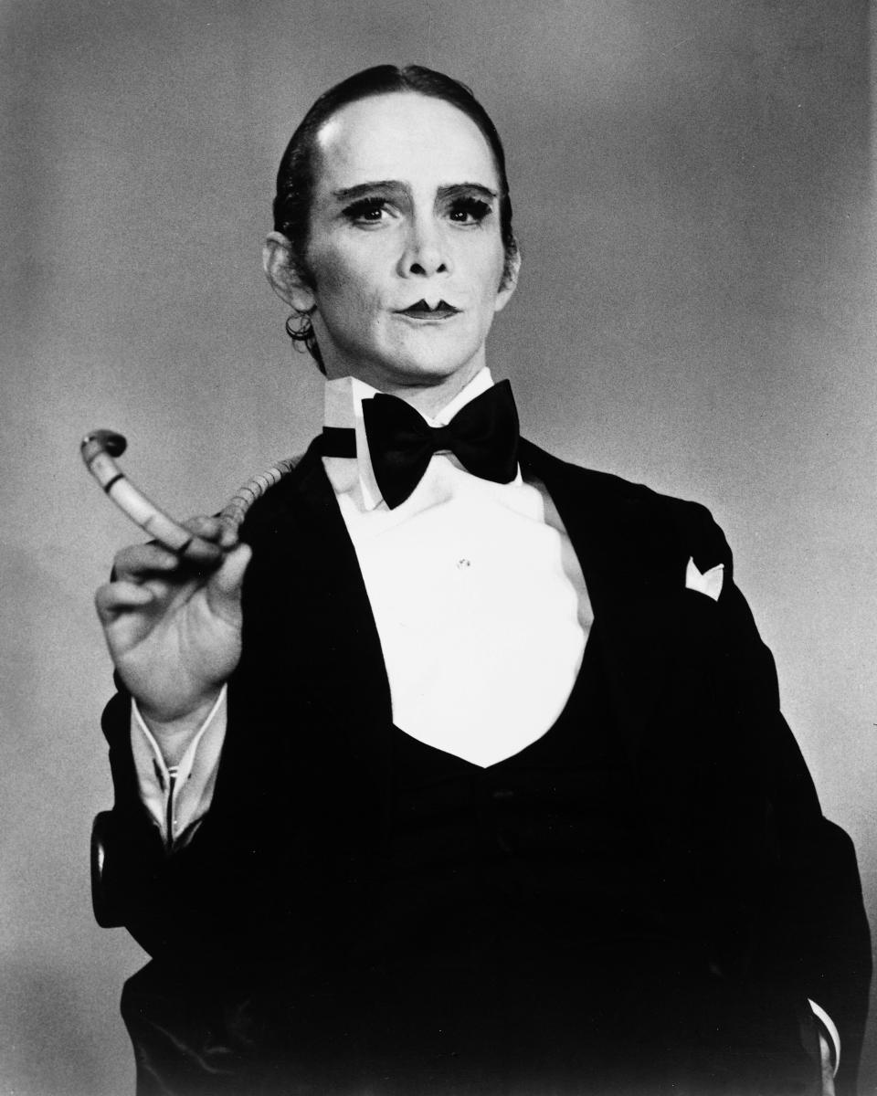Actor Joel Grey as the Master of Ceremonies in a publicity still for the film 'Cabaret', 1972.   (Photo by Silver Screen Collection/Getty Images)
