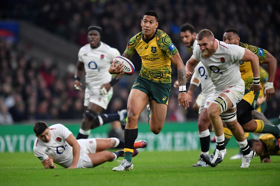 Rugby Union - England v Australia - Twickenham Stadium, London, Britain - November 24, 2018  Australia's Israel Folau breaks away to score their first try   REUTERS/Toby Melville