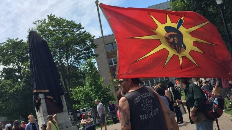 'Offensive and disgraceful': Protesters cheer as City of Halifax shrouds Cornwallis statue