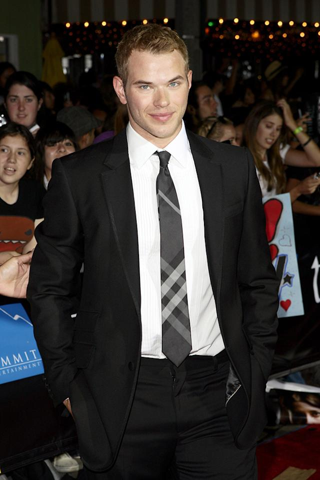"""<a href=""""http://movies.yahoo.com/movie/contributor/1808906080"""">Kellan Lutz</a> at the Westwood premiere of <a href=""""http://movies.yahoo.com/movie/1810010670/info"""">Twilight</a> - 11/17/2008"""