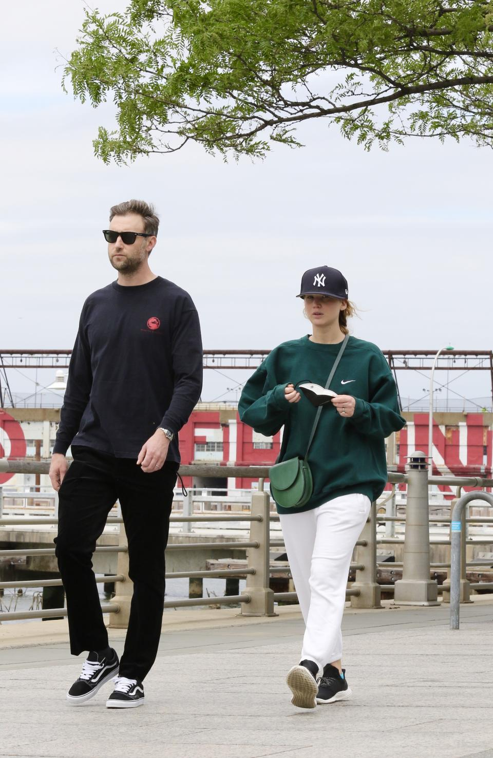 Jennifer Lawrence is seen out for a walk with husband, Cooke Maroney, by the Hudson River in NYC on May 24, 2021. (Photo: MEGA/GC Images)