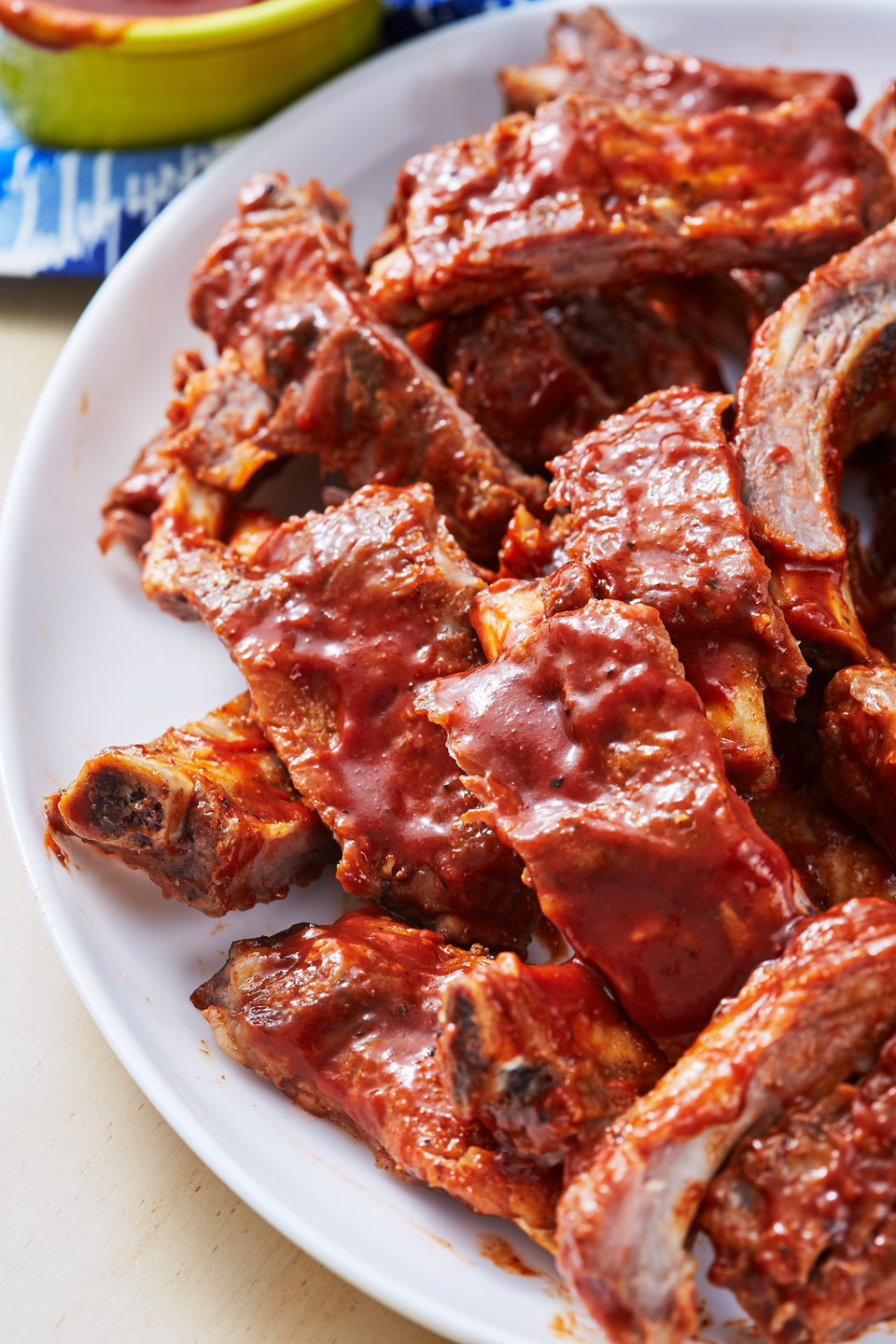 "<p>We're throwing the ""low-and-slow"" theory out the window! All you need for perfect ribs is an Instant Pot and 20 minutes. </p><p>Get the recipe from <a href=""https://www.delish.com/cooking/recipe-ideas/a27044004/instant-pot-ribs-recipe/"" rel=""nofollow noopener"" target=""_blank"" data-ylk=""slk:Delish"" class=""link rapid-noclick-resp"">Delish</a>.</p>"