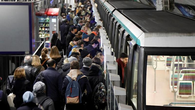 More transport chaos expected as French strike enters day 41