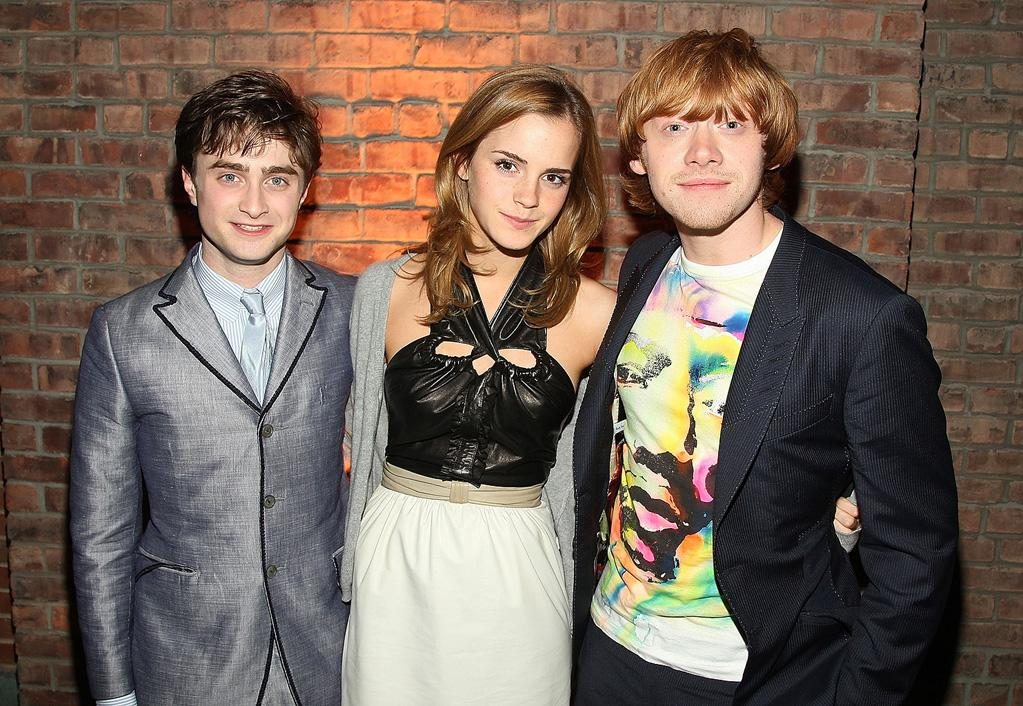 """<a href=""""http://movies.yahoo.com/movie/contributor/1802866080"""">Daniel Radcliffe</a>, <a href=""""http://movies.yahoo.com/movie/contributor/1802866081"""">Emma Watson</a> and <a href=""""http://movies.yahoo.com/movie/contributor/1802866082"""">Rupert Grint</a> at the New York premiere after party of <a href=""""http://movies.yahoo.com/movie/1809791044/info"""">Harry Potter and the Half-Blood Prince</a> - 07/09/2009"""