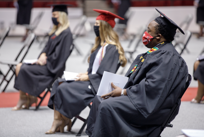 Graduates were also required to wear masks during the ceremonies (Matthew Wood - University of Alabama Photography)