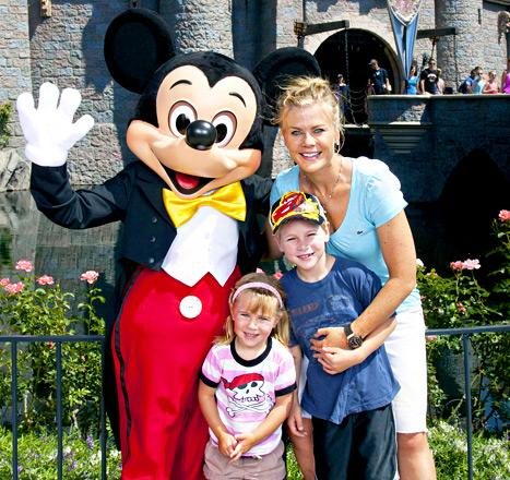 Alison Sweeney: Don't Bribe Your Kids With Food!