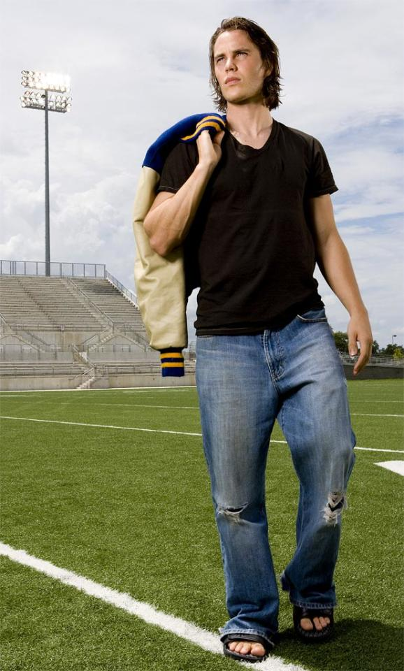 """<a href=""""/taylor-kitsch/contributor/2182087"""">Taylor Kitsch</a> stars as Tim Riggins in <a href=""""/friday-night-lights/show/38958"""">Friday Night Lights</a> on NBC."""