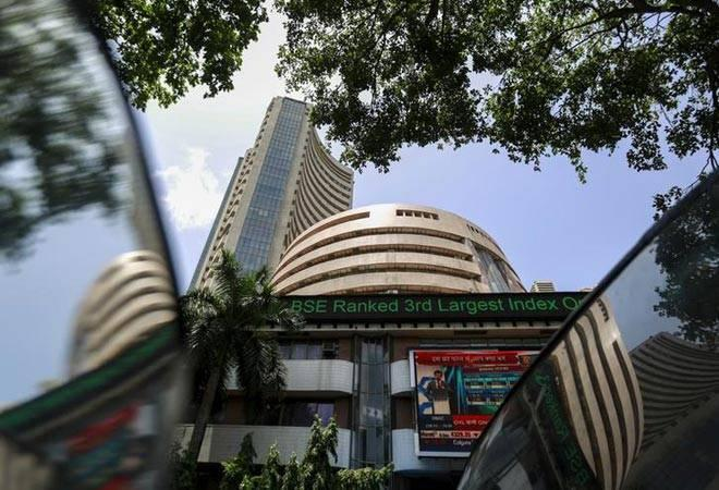 Of 30 Sensex stocks, 24 were trading in the red. TCS (1.08%), Sun Pharma (0.72%), Infosys (0.68%) and ICICI Bank (0.36%) were the top Sensex gainers.