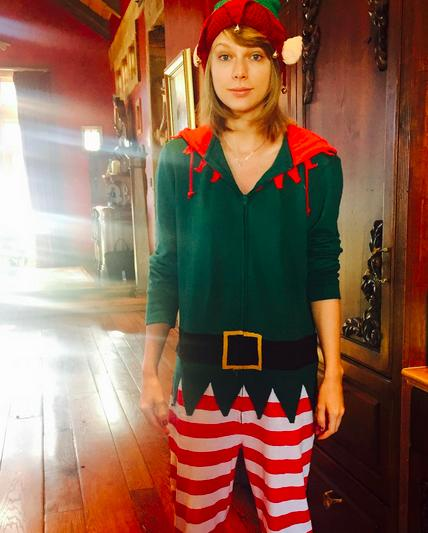 """<p>Okay, so this elf costume is adorable on Taylor Swift, who got an extra special gift from Santa this year. Yesterday, the singer thanked her fans for <a href=""""https://www.instagram.com/p/_sYRbVjvH1/?taken-by=taylorswift"""">getting her to 60 million</a> (now 60.2 million) followers on Instagram. <i>Photo: <a href=""""https://www.instagram.com/p/_r3IE-DvDj/?taken-by=taylorswift"""">@taylorswift</a></i></p>"""