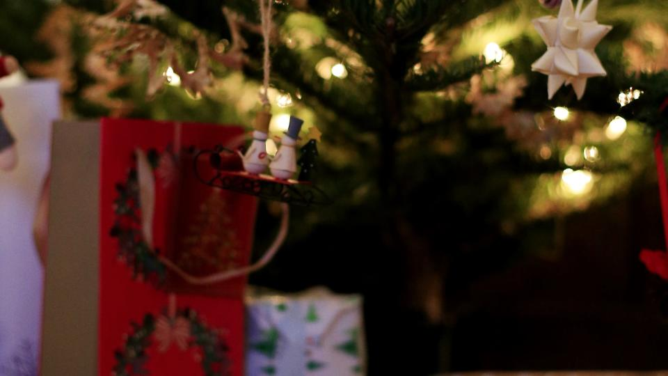 <p>Saga Insurance research claims most men and women want to receive vouchers or tickets – but what presents are they hoping to avoid?</p>