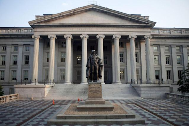 A statue of Albert Gallatin stands outside the U.S. Department of the Treasury building stands in Washington, D.C. Photographer: Andrew Harrer