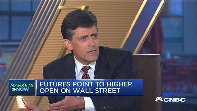 Doug Dachille, AIG chief investment officer, provides perspective to the fixed income space in a low-rate environment.