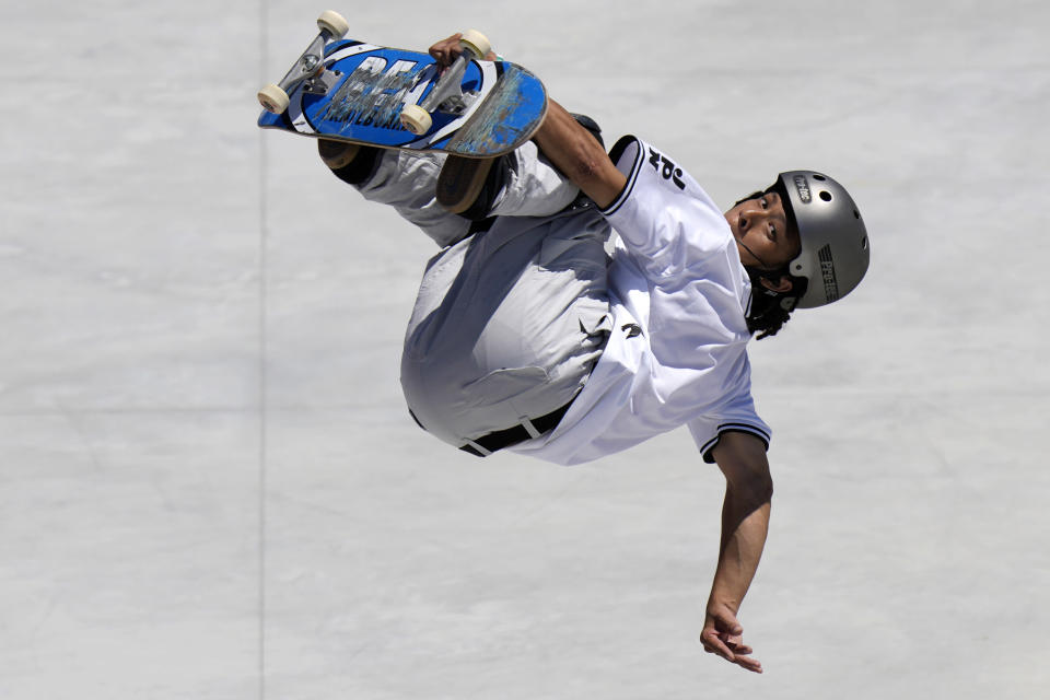 Ayumu Hirano of Japan competes in the men's park skateboarding prelims at the 2020 Summer Olympics, Thursday, Aug. 5, 2021, in Tokyo, Japan. (AP Photo/Ben Curtis)