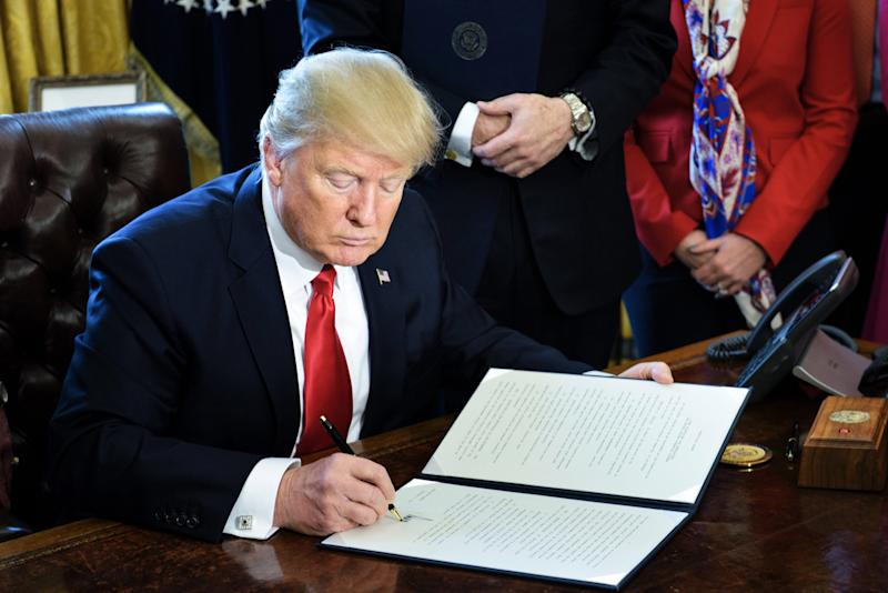 Trump Signs Law That Allows States to Defund Abortion Providers