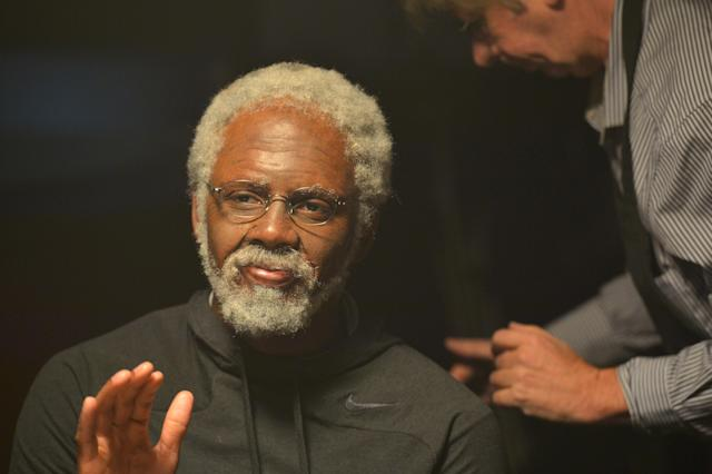"""<a class=""""link rapid-noclick-resp"""" href=""""/nba/players/4840/"""" data-ylk=""""slk:Kyrie Irving"""">Kyrie Irving</a> gets ready to film on the set of a 2015 Uncle Drew Pepsi commercial. (Photo by Rodrigo Varela/Getty Images for Pepsi)"""