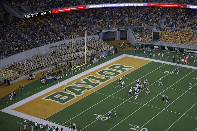 """A general view of play between the Northwestern State Demons and the <a class=""""link rapid-noclick-resp"""" href=""""/ncaaf/teams/baylor/"""" data-ylk=""""slk:Baylor Bears"""">Baylor Bears</a> at McLane Stadium on September 2, 2016 in Waco, Texas. (Getty)"""