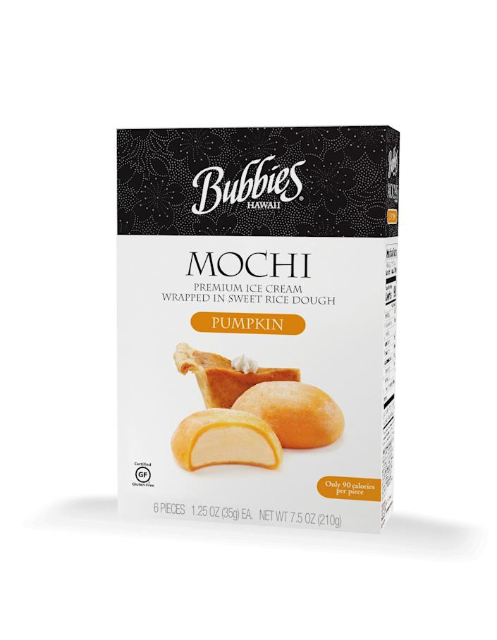 """<p><strong>Bubbies</strong></p><p>freshdirect.com</p><p><strong>$6.99</strong></p><p><a href=""""https://go.redirectingat.com?id=74968X1596630&url=https%3A%2F%2Fwww.freshdirect.com%2Fpdp.jsp%3FcatId%3Dfro_icecr_sand%26productId%3Dfro_pid_3503747&sref=https%3A%2F%2Fwww.delish.com%2Ffood-news%2Fg22727687%2Ffall-foods-drinks-flavors%2F"""" rel=""""nofollow noopener"""" target=""""_blank"""" data-ylk=""""slk:Shop Now"""" class=""""link rapid-noclick-resp"""">Shop Now</a></p><p>While the combination of these flavors and textures seems a little wild at first, they come together quite nicely upon first bite. In fact, they make the perfect snack in those not-quite-cool-<em>yet</em> early Fall weeks.</p>"""