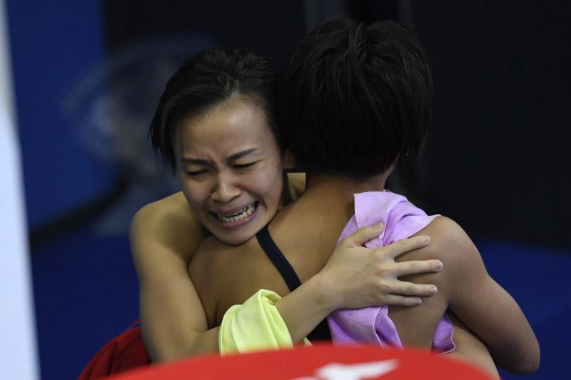 Malaysia pips China in 10m platform for historic gold at world championships