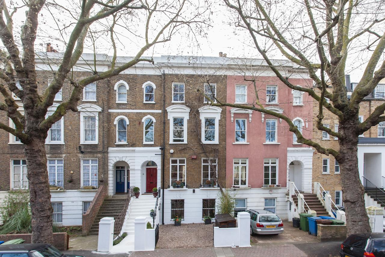 <p>The 2,134 sq/ft property is spread over four floors and has three bedrooms, three bathrooms, three receptions and a large kitchen. The property has been valued by estate agents at £1.65 million and is being sold through Munday's estate agency. (SWNS.com) </p>