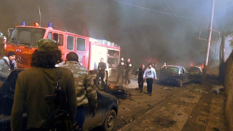 A huge tanker truck bomb ripped through a market area in front of a local Islamic courthouse in the Syrian border town of Azaz on January 7, 2017