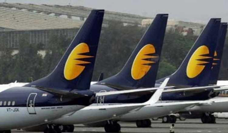 Jet Airways staff knock on Aviation Ministry's doors to save airline