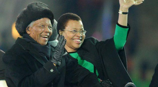 Nelson Mandela and his third and current wife Graca Michel. Photo: Reuters