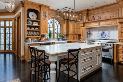 On September 14th, this custom-built mansion in a secluded suburb in Leawood, KS will be sold at a live auction without reserve. Previously asking $5.9 million, the property is one of two being sold by Platinum Luxury Auctions on behalf of sellers William and Beth Zollars. Mr. Zollars was formerly CEO at YRC Worldwide, Inc., a publicly-traded, global shipping giant. Learn more at LeawoodLuxuryAuction.com.