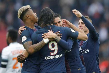 Football Soccer - Paris St Germain v Montpellier - French Ligue 1 - Parc des Princes, Paris, France - 22/4/17 - Paris St Germain's Angel Di Maria celebrates with team mates after scoring. REUTERS/Stephane Mahe