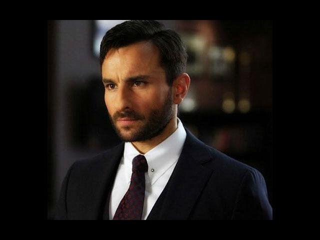 <b>1. Saif Ali Khan in Agent Vinod</b><br>'Agent Vinod' might not have done well, but Saif Ali Khan surely impressed us in his uniform look. He played an agent of the Indian intelligence services, RAW. The film also starred his then girlfriend and now begum, Kareena Kapoor.