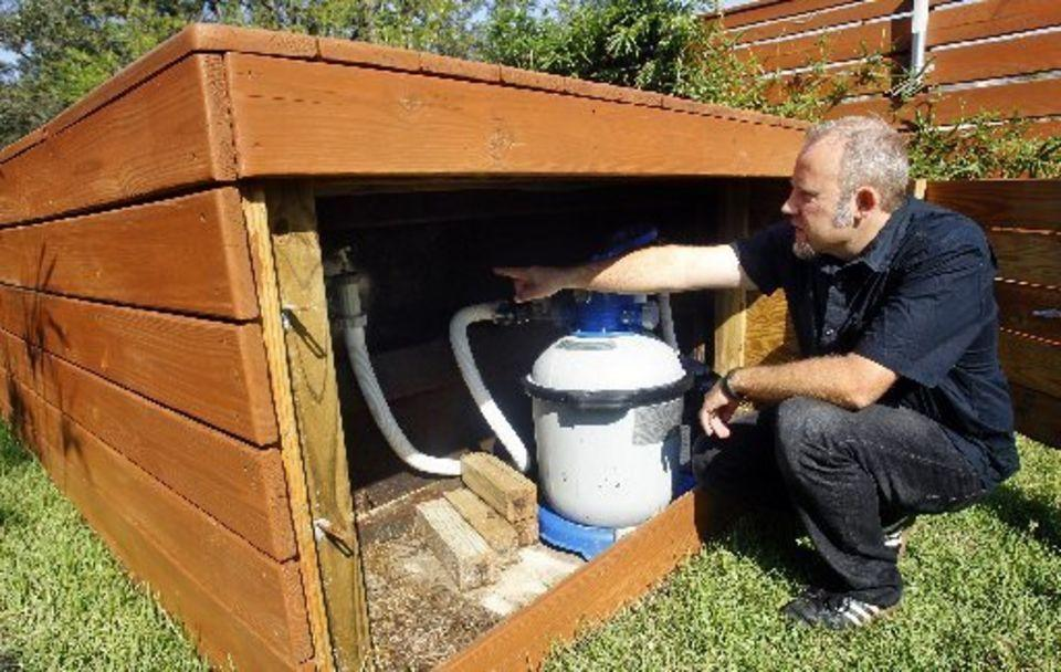"""<p>Like any pool, the Dumpster Dive DeLux requires maintenance. Beese has hidden the pump under the wooden deck for a designer look.(Source: <a href=""""http://www.beesign-la.com/"""">Stefan Beese</a>)</p>"""