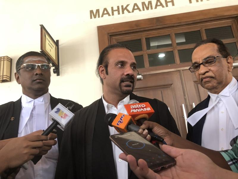 (From left) Lawyers RSN Rayer and Ramkarpal Singh represented Lim Guan Eng while Datuk V.Sithambaram represented Phang Li Koon. — Picture by Opalyn Mok