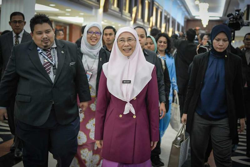 Deputy Prime Minister Datuk Seri Dr Wan Azizah Wan Ismail is pictured in Parliament on November 19, 2019. ― Picture by Hari Anggara